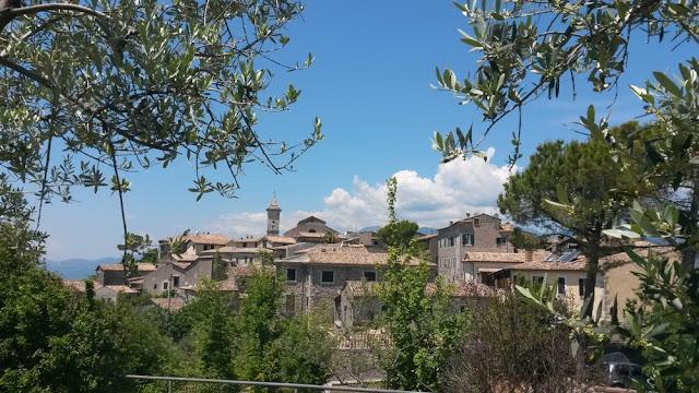 Scopri la ciociaria l 39 isola del liri e arpino un sardo in giro - Giardini dell acropoli arpino ...