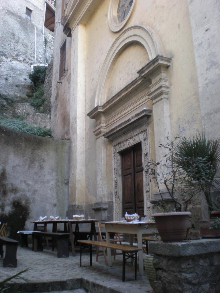 chiesa-fraschetta