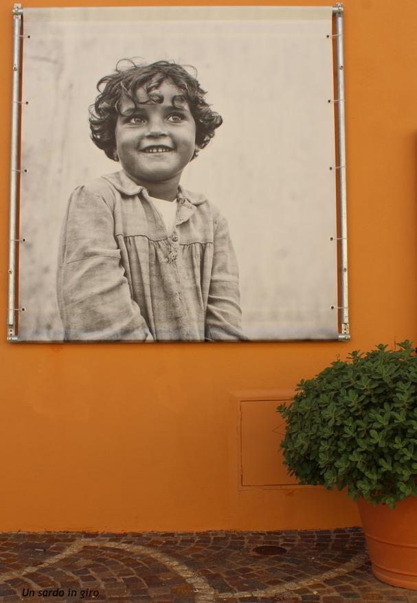 foto bambina golfo aranci