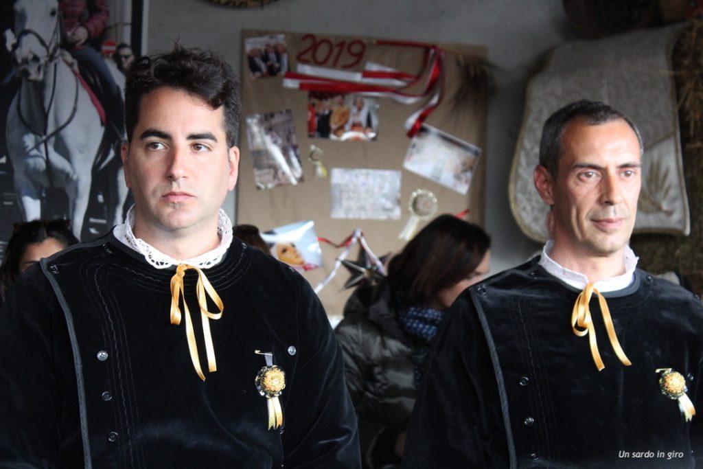 cavalieri vestiti