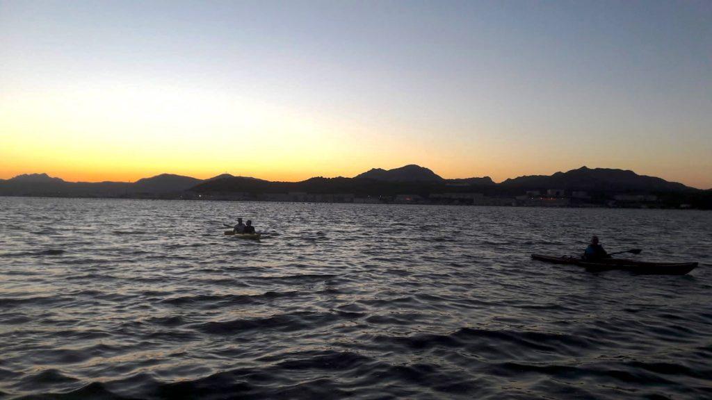 kayak tramonto