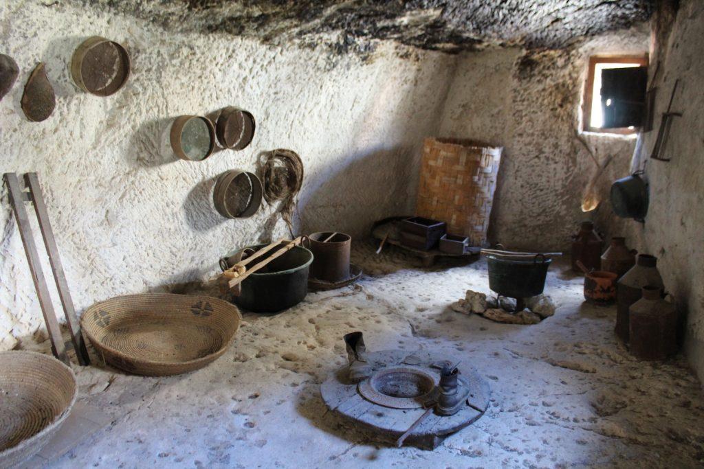 antichi strumenti lavoro
