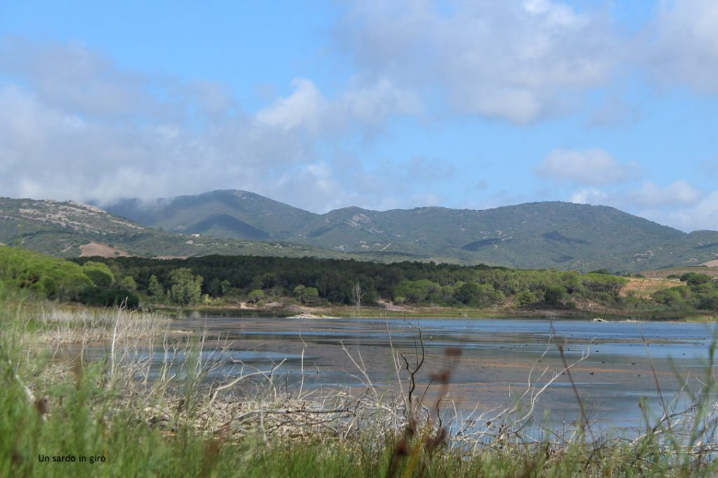 lago naturale sardegna