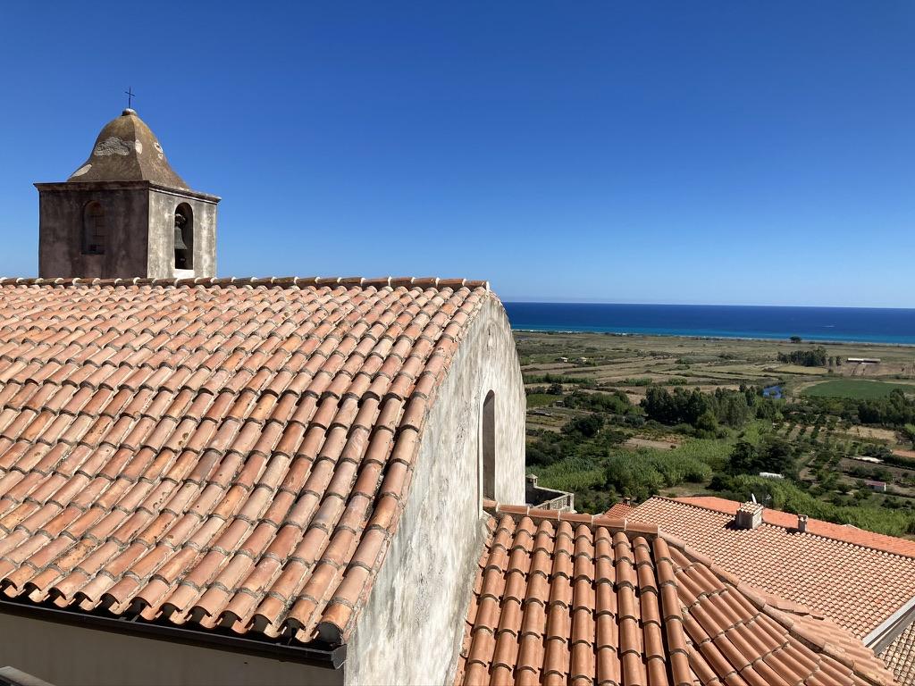 tetto chiesa